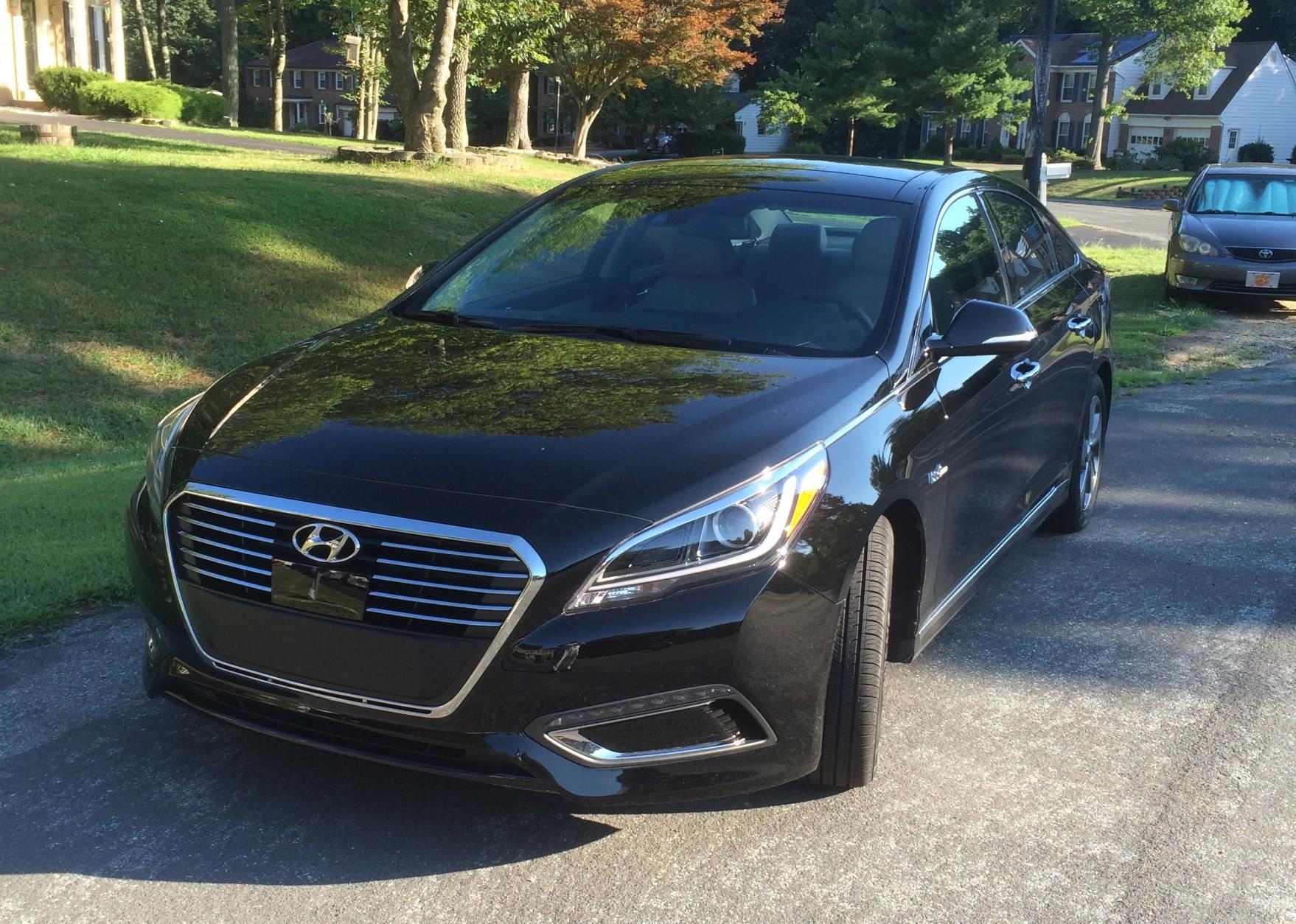 Hyundai Sonata Mpg >> 2016 Hyundai Sonata Hybrid Mpg Luxury For A Decent Price