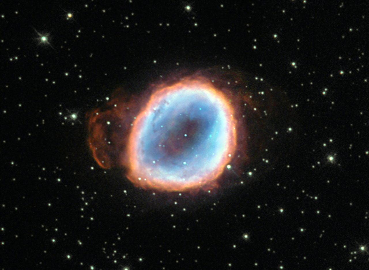 Hubble Telescope Captures Image of Dying Star