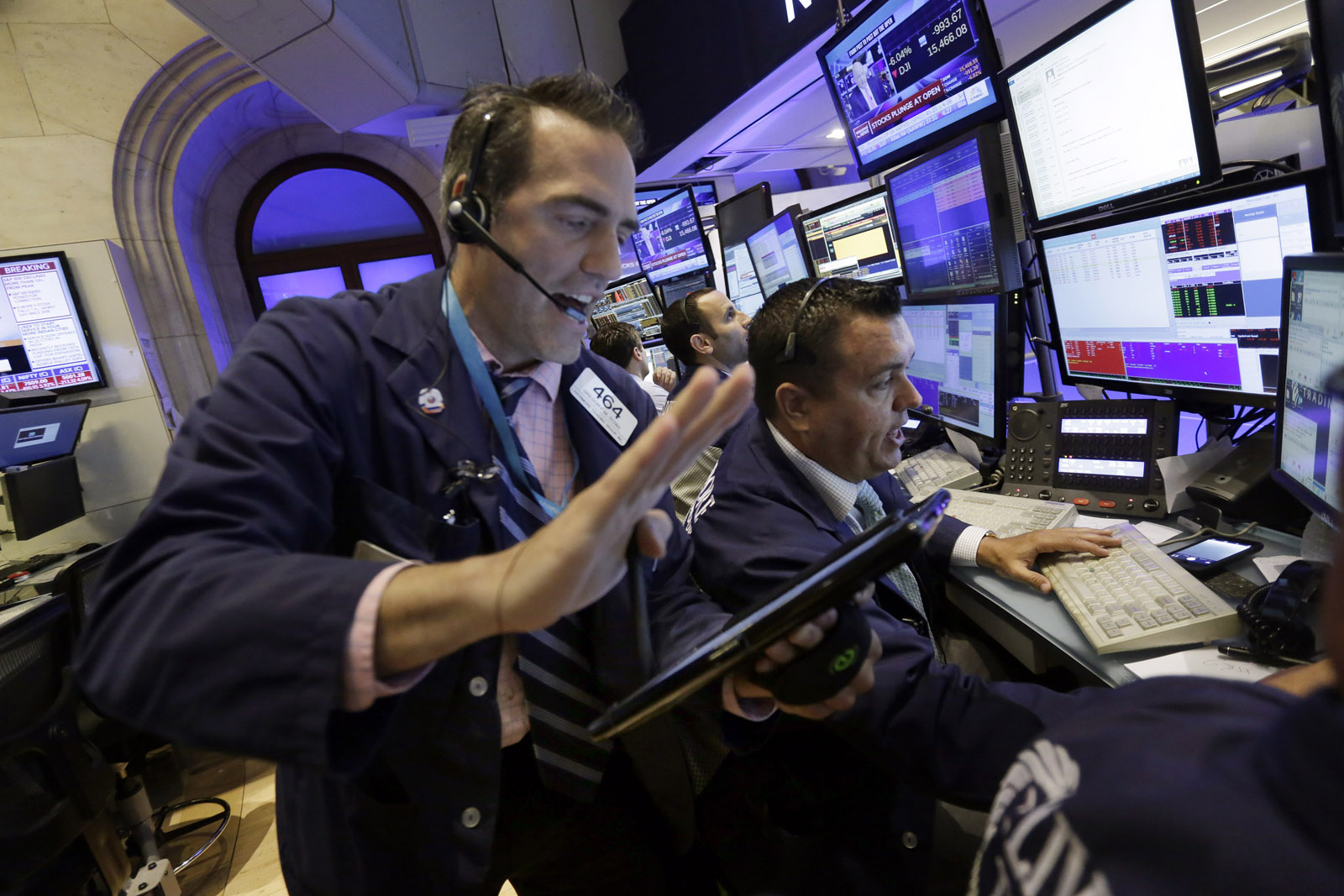Analyst: 'A very violent shakeout' for U.S. stocks
