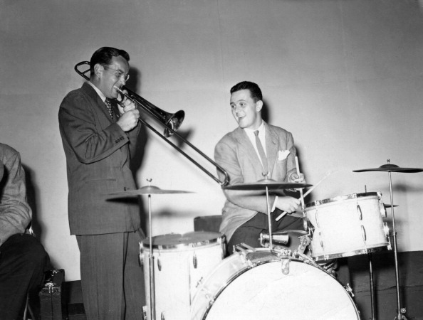 NEW YORK - CIRCA 1940:  Glenn Miller (left) of the Glenn Miller Orchestra and his drummer perform in circa 1940 in New York. (Photo by PoPsie Randolph/Michael Ochs Archives/Getty Images)