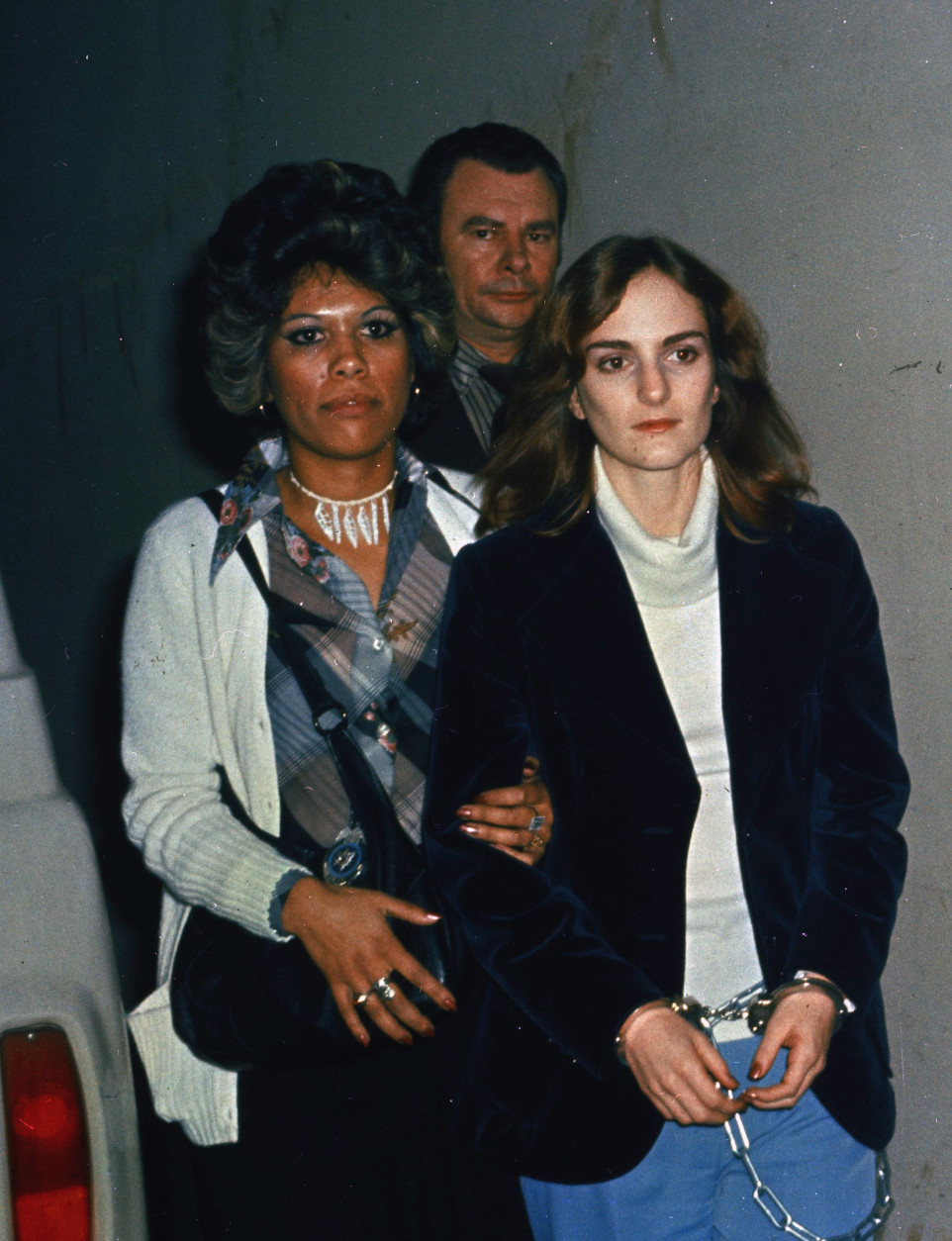 On this date in 1975, newspaper heiress Patricia Hearst was captured by the FBI in San Francisco, 19 months after being kidnapped by the Symbionese Liberation Army. (AP Photo)
