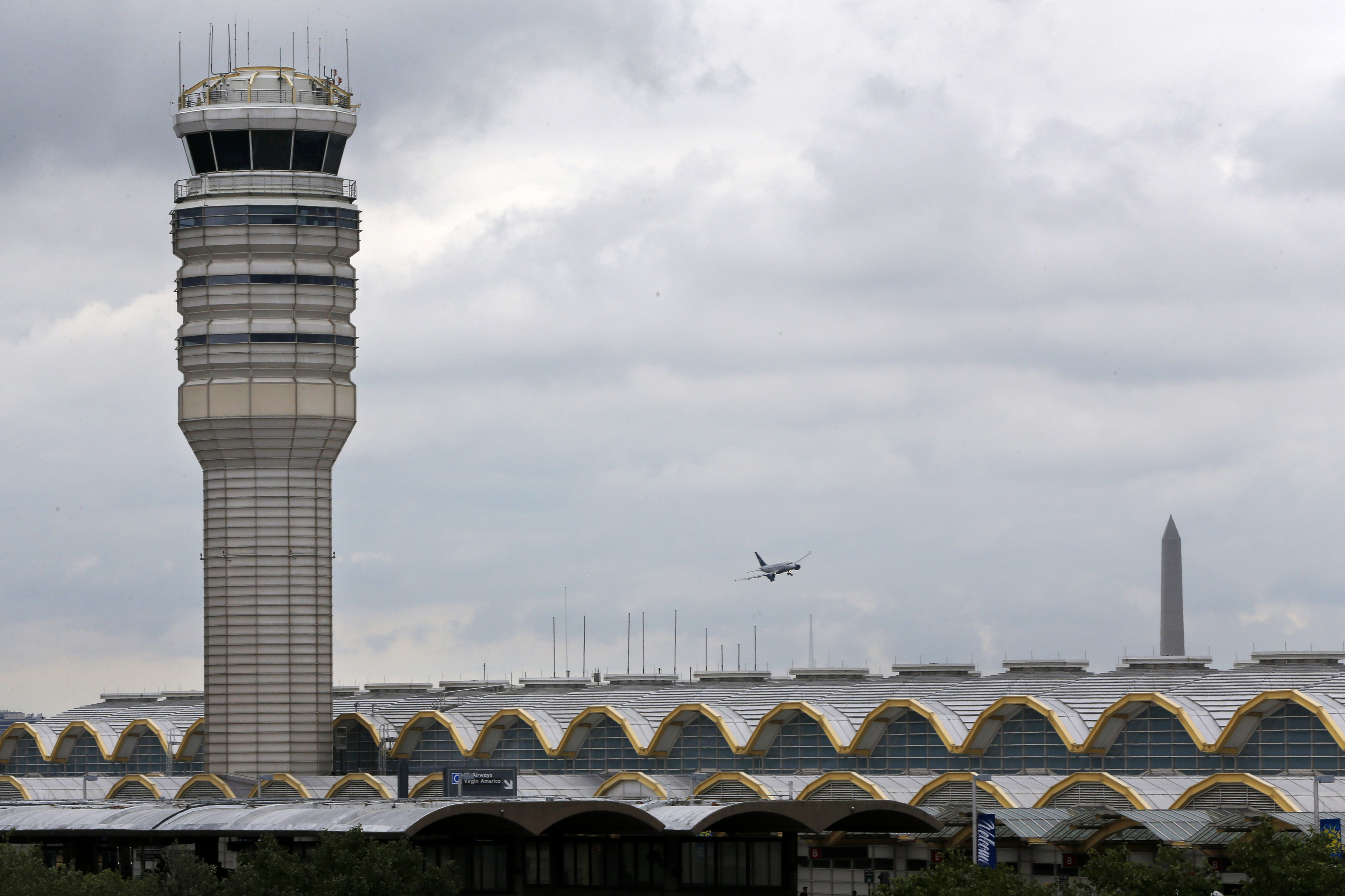 Boston plan to reduce airplane noise may address DC-area complaints