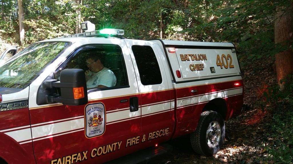 Woman falls off cliff in Fairfax Co.