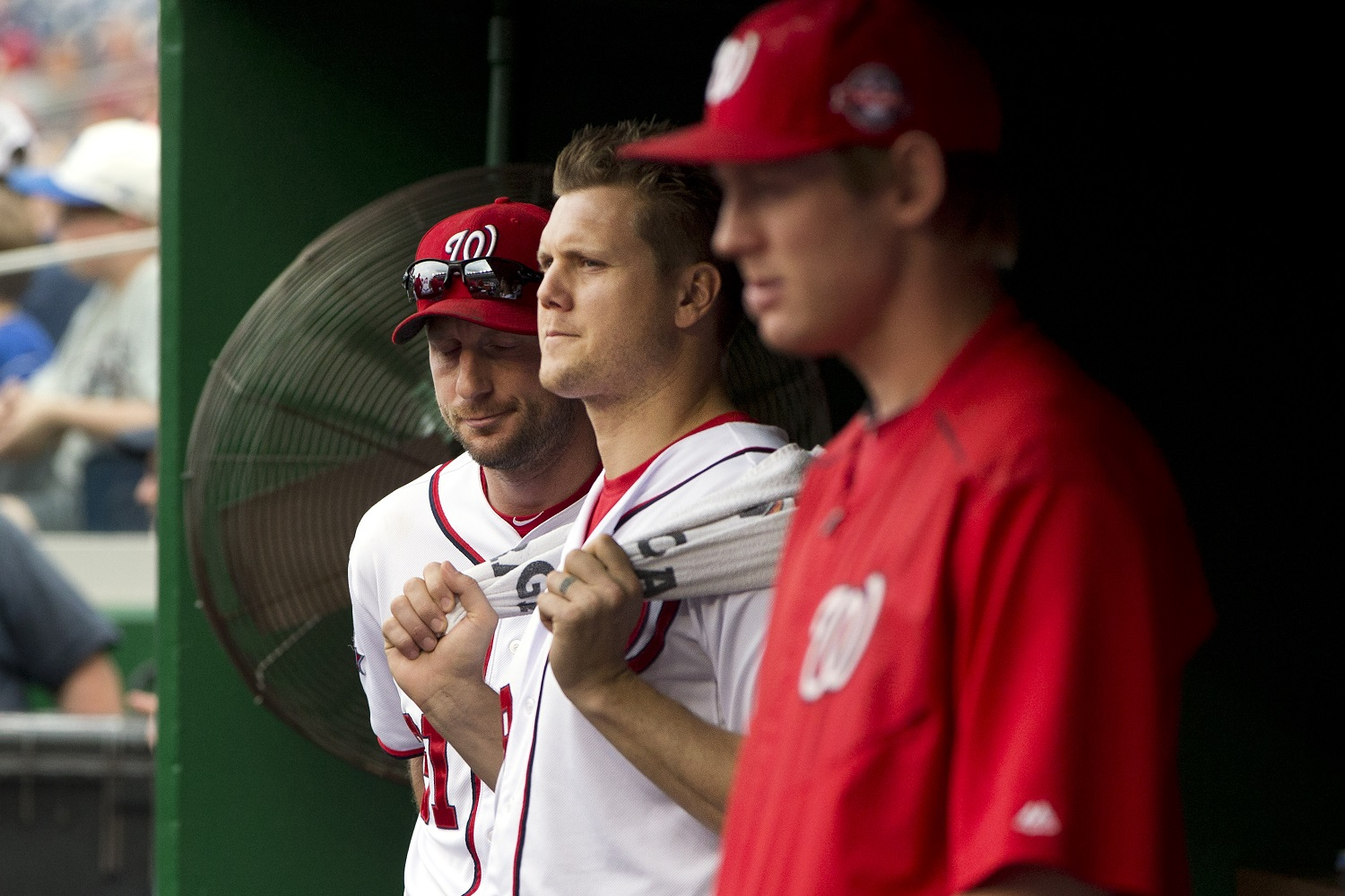 Nationals suspend Papelbon, effectively ending his season