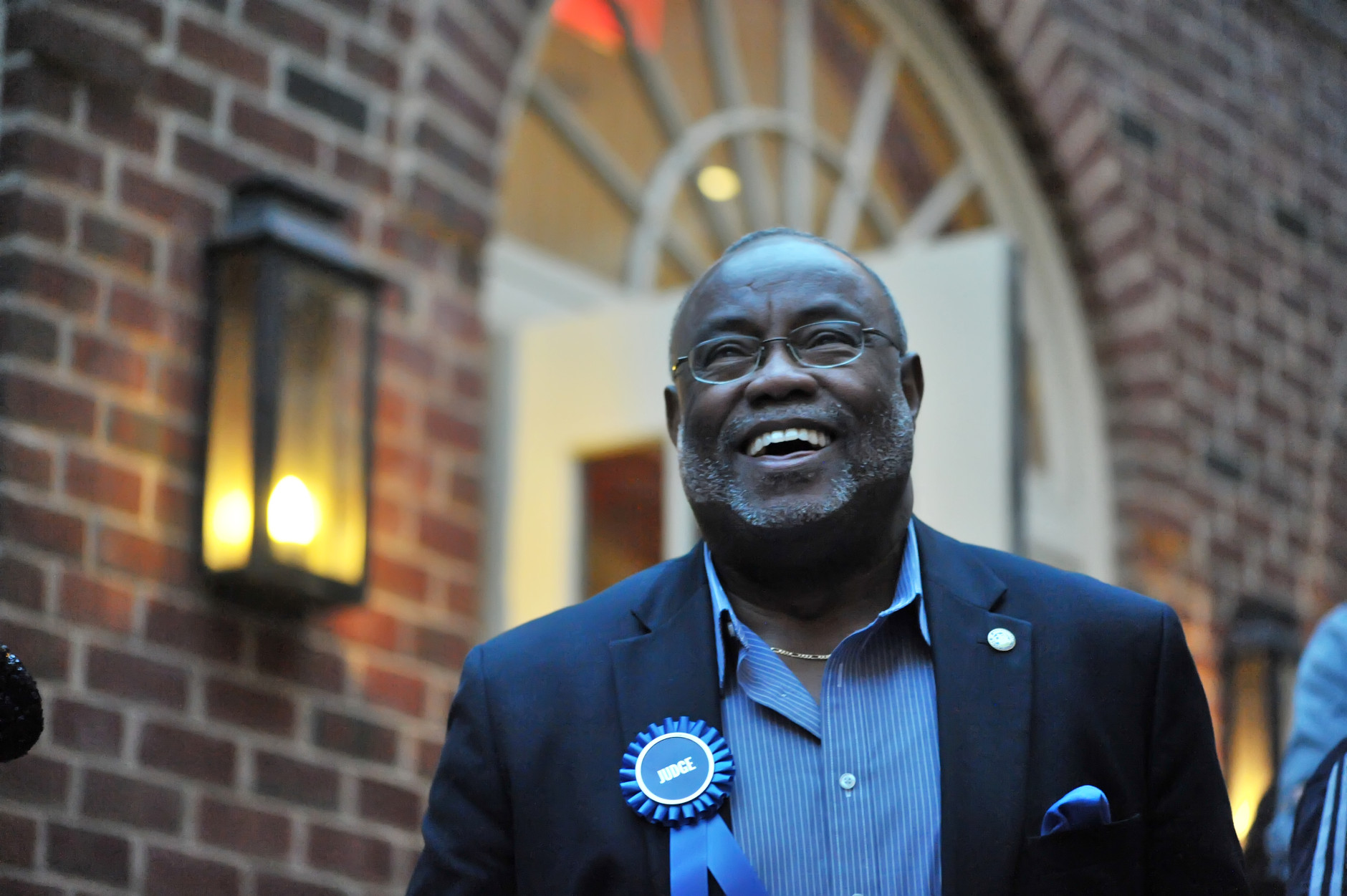 Mayor Bill Euille shares a smile while watching the canine competitors. (Shannon Finney Photography)