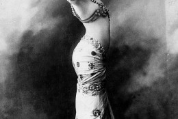 """Mata Hari, the exotic """"oriental"""" dancer who captivated Europe in the early 1900s was actually the pseudonym of Margaretha Geertruida Zelle, born in Leeuwarden, Netherlands.  She was executed by a French firing squad during World War I, after she was tried on charges of spying for Germany.  (AP Photo)"""