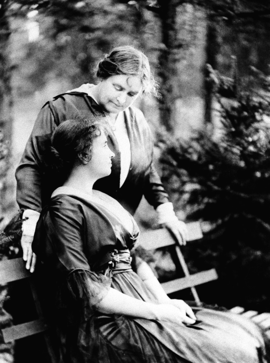 Helen Keller (seated) and Anne Sullivan Macy, tutor for Helen Keller, in 1914. (AP Photo/American Foundation for the Blind Archives)