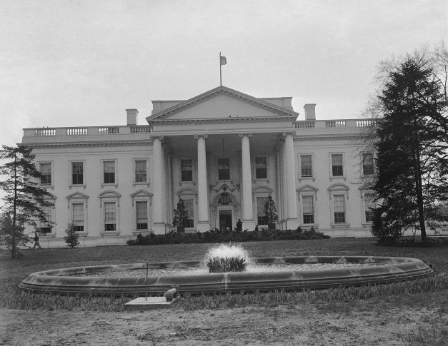 In 1792, The Cornerstone Of The Executive Mansion, Later Known As The White  House, Was Laid During A Ceremony In The District Of Columbia.