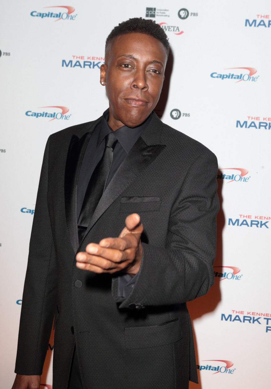 Arsenio Hall arrives at the Kennedy Center for the Performing Arts for the 18th Annual Mark Twain Prize for American Humor presented to Eddie Murphy on Sunday, Oct. 18, 2015, in Washington. (Photo by Owen Sweeney/Invision/AP)
