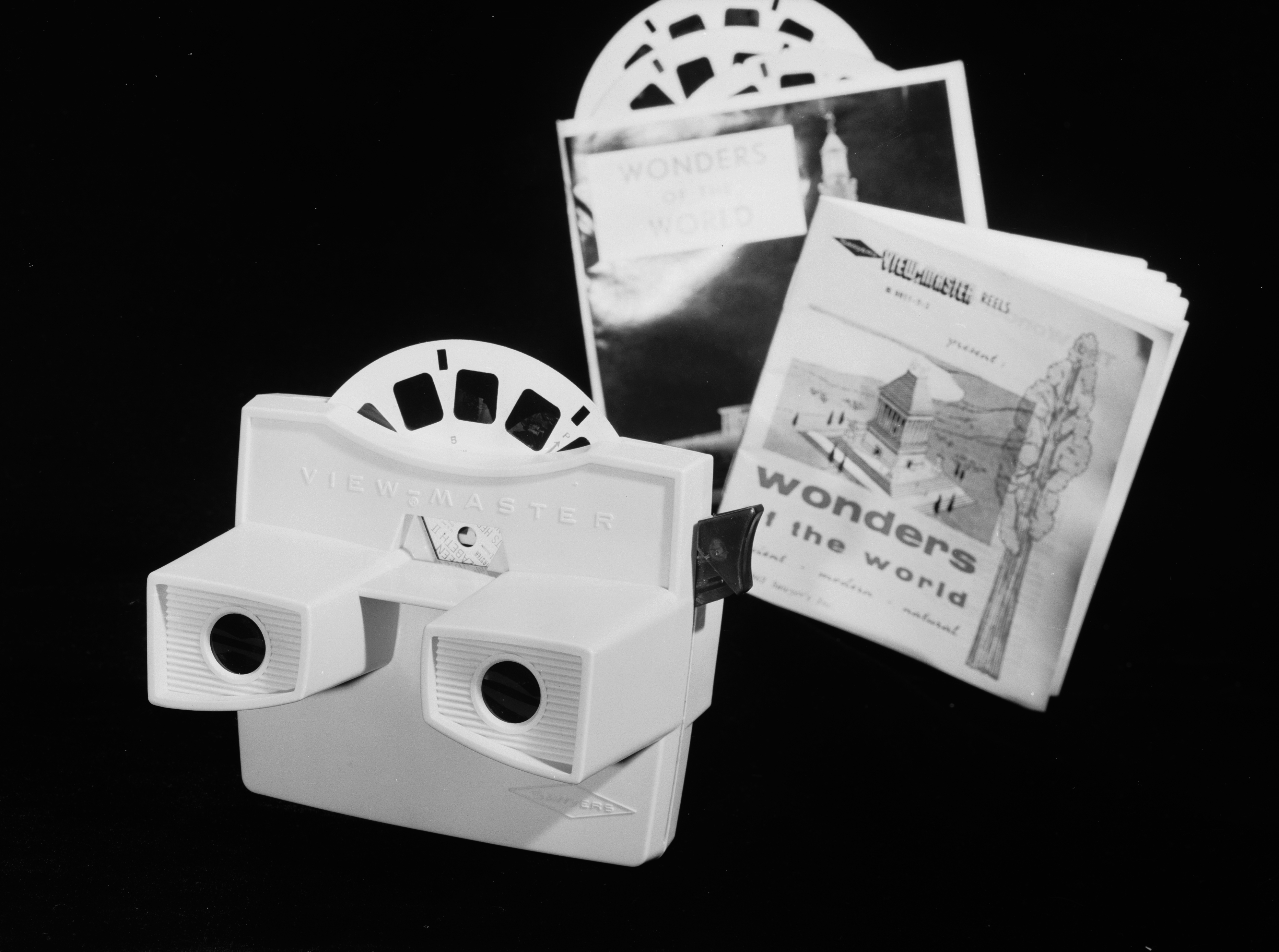 Mattel gives classic View-Master toy a modern VR makeover