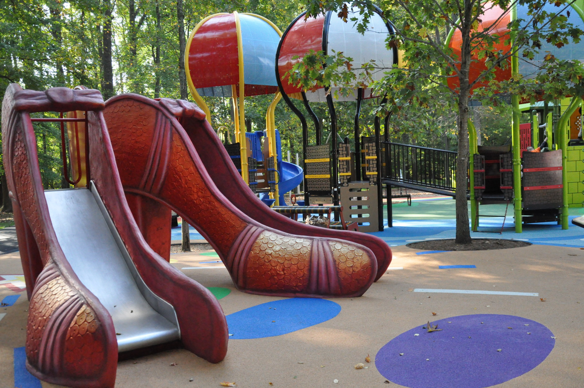 Flying monkeys, a yellow brick road and a ruby red slipper slide are just a few attractions at one of the area's newest storybook-themed playgrounds. (WTOP/Rachel Nania)