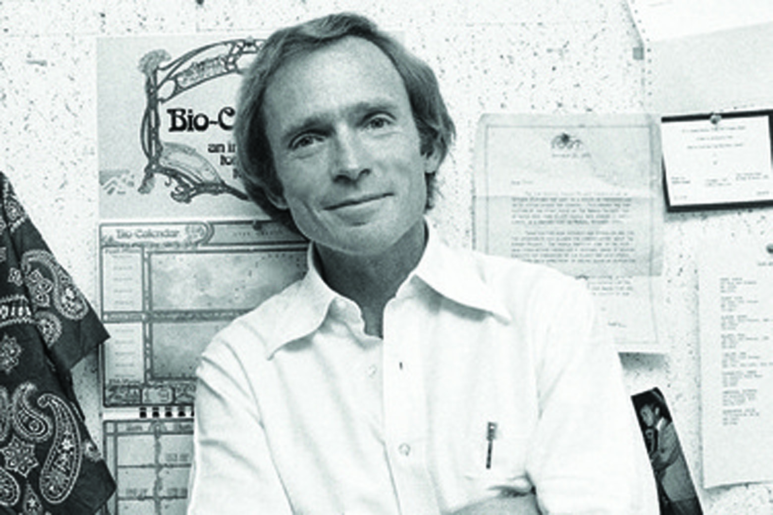 Talk show icon Dick Cavett dishes celebrity stories