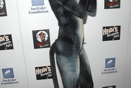 "Model Heidi Klum poses on the press line at ""Heidi's Halloween Party"" in Los Angeles on Wednesday, Oct. 31, 2007. (AP Photo/Dan Steinberg)"