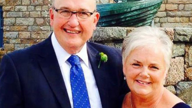Husband and wife raise awareness after both diagnosed with breast cancer
