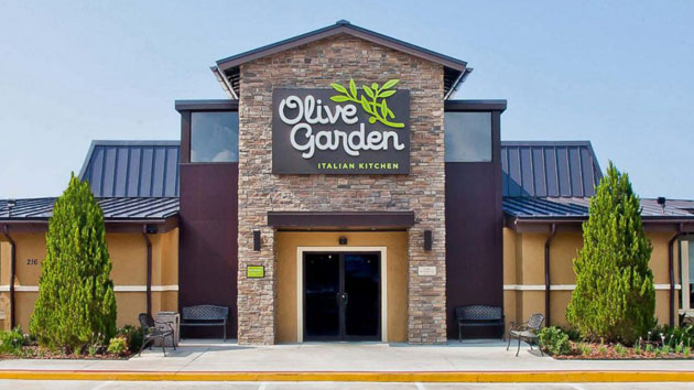 Olive Garden Apologizes To Cop After He Was Refused