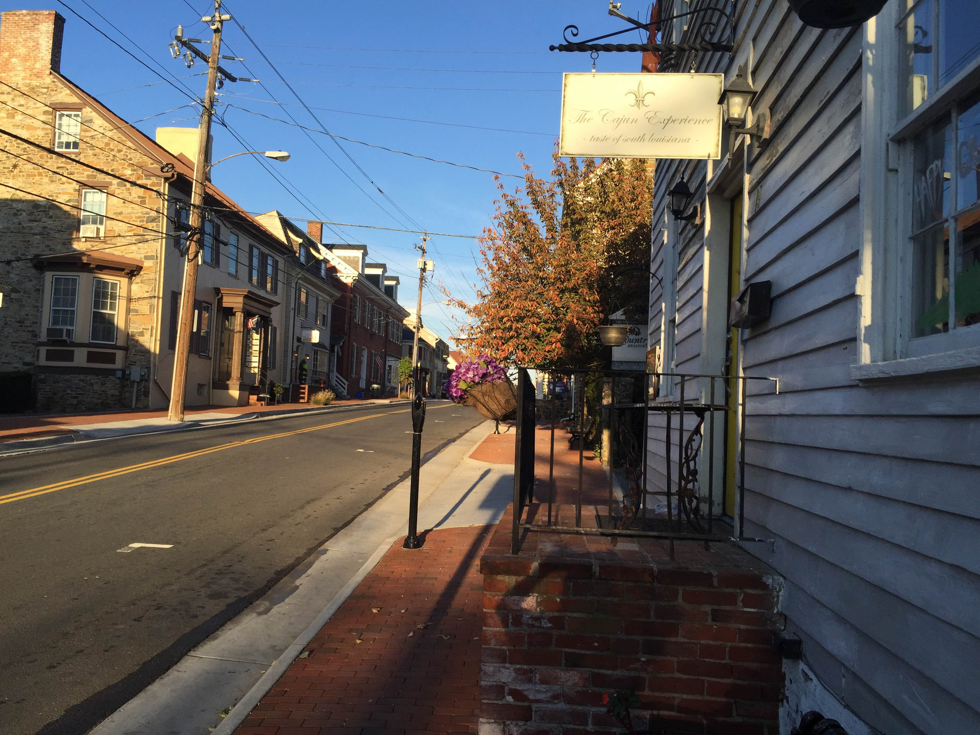 Downtown Leesburg restaurants look to local app to fight business downturn