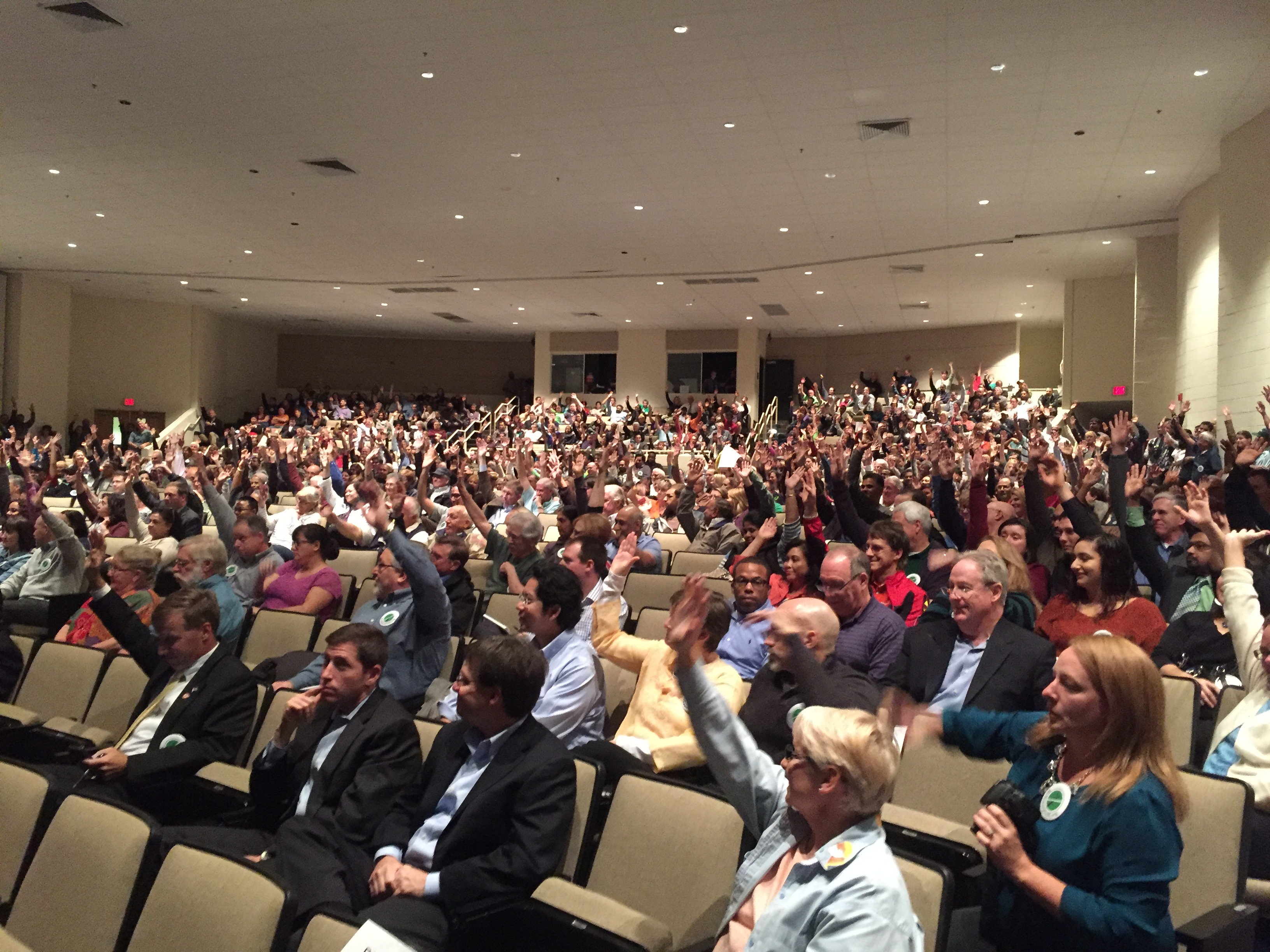 Loudoun County residents pack hearing on plans for high-voltage power lines