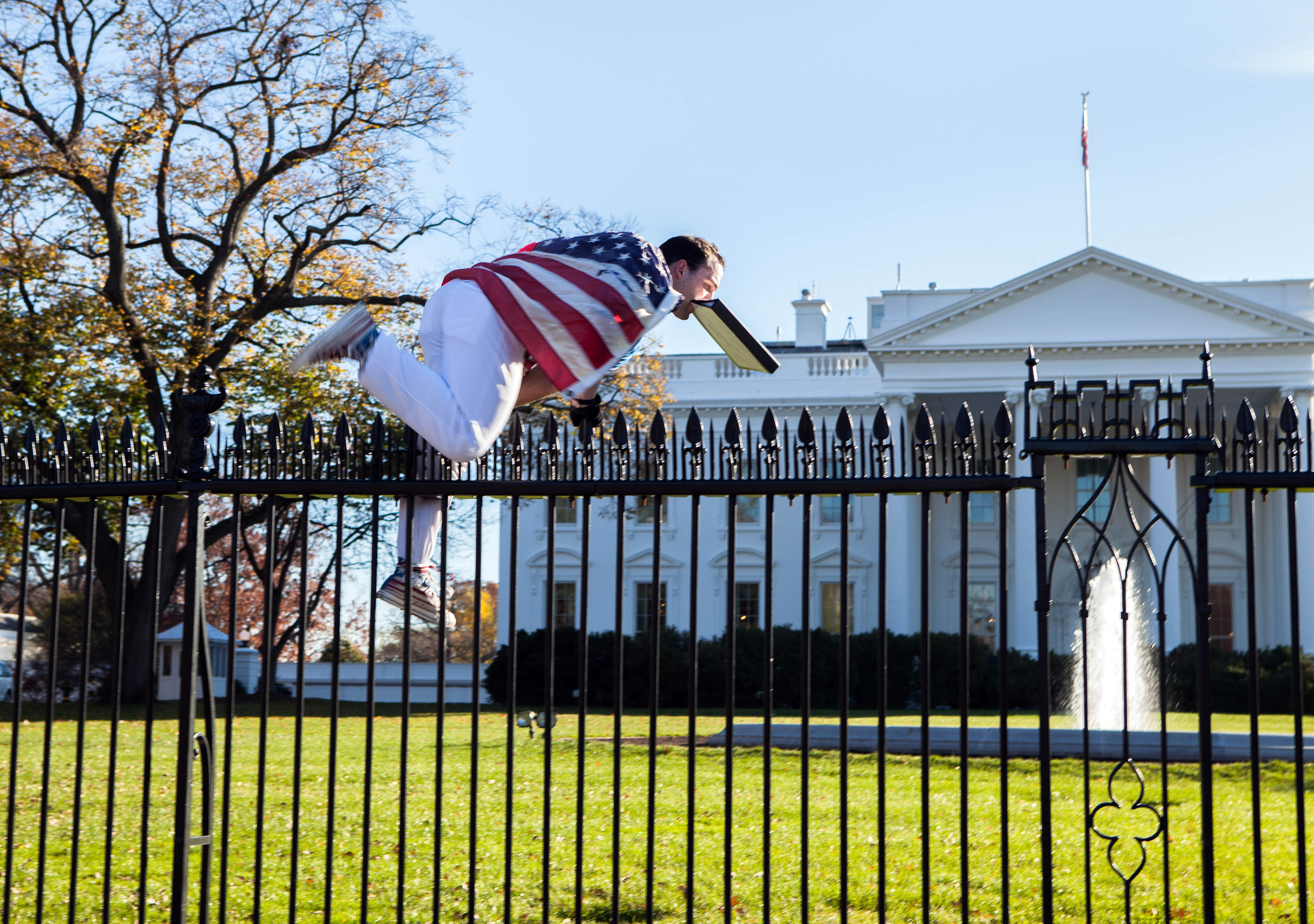 Attorney White House Fence Jump Was Act Of Protest Wtop