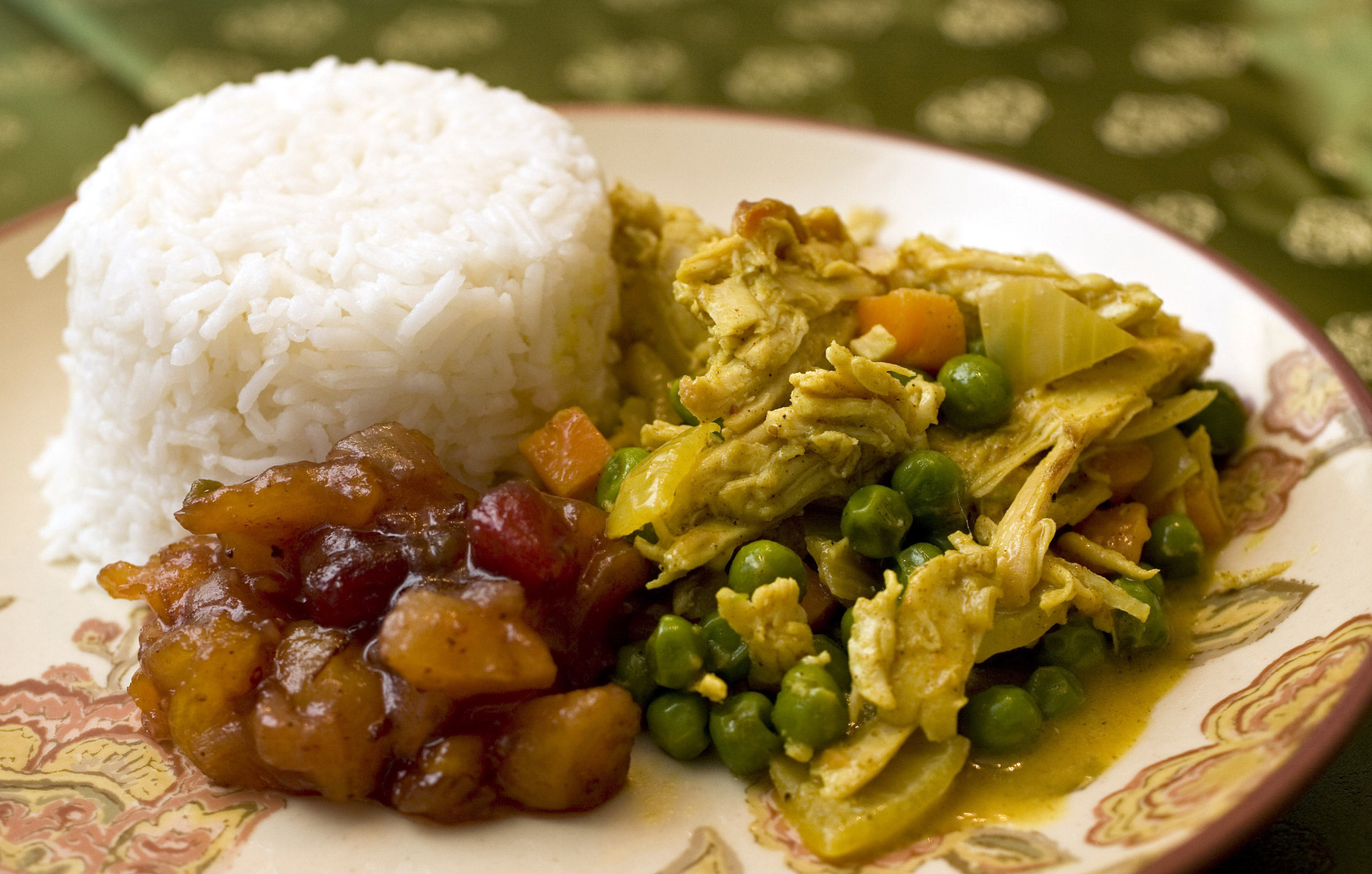 **FOR USE WITH AP LIFESTYLES**   Leftover Turkey Curry with Cranberry Chutney is seen in this Wednesday, Oct. 29, 2008 photo. Take your classically American leftovers and look to India with this dish. The turkey recipe can also be made as a soup that is perfect for cold fall days. (AP Photo/Larry Crowe)
