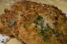 This photo taken Nov. 4, 2009 shows a  fried potato pancake  Don't just reheat that bowl of leftover mashed potatoes day after day this year. Fried potato pancakes made from that Thanksgiving leftover, with a little cheese and bacon added, gives you an entirely new and satisfying taste. (AP Photo/Larry Crowe)