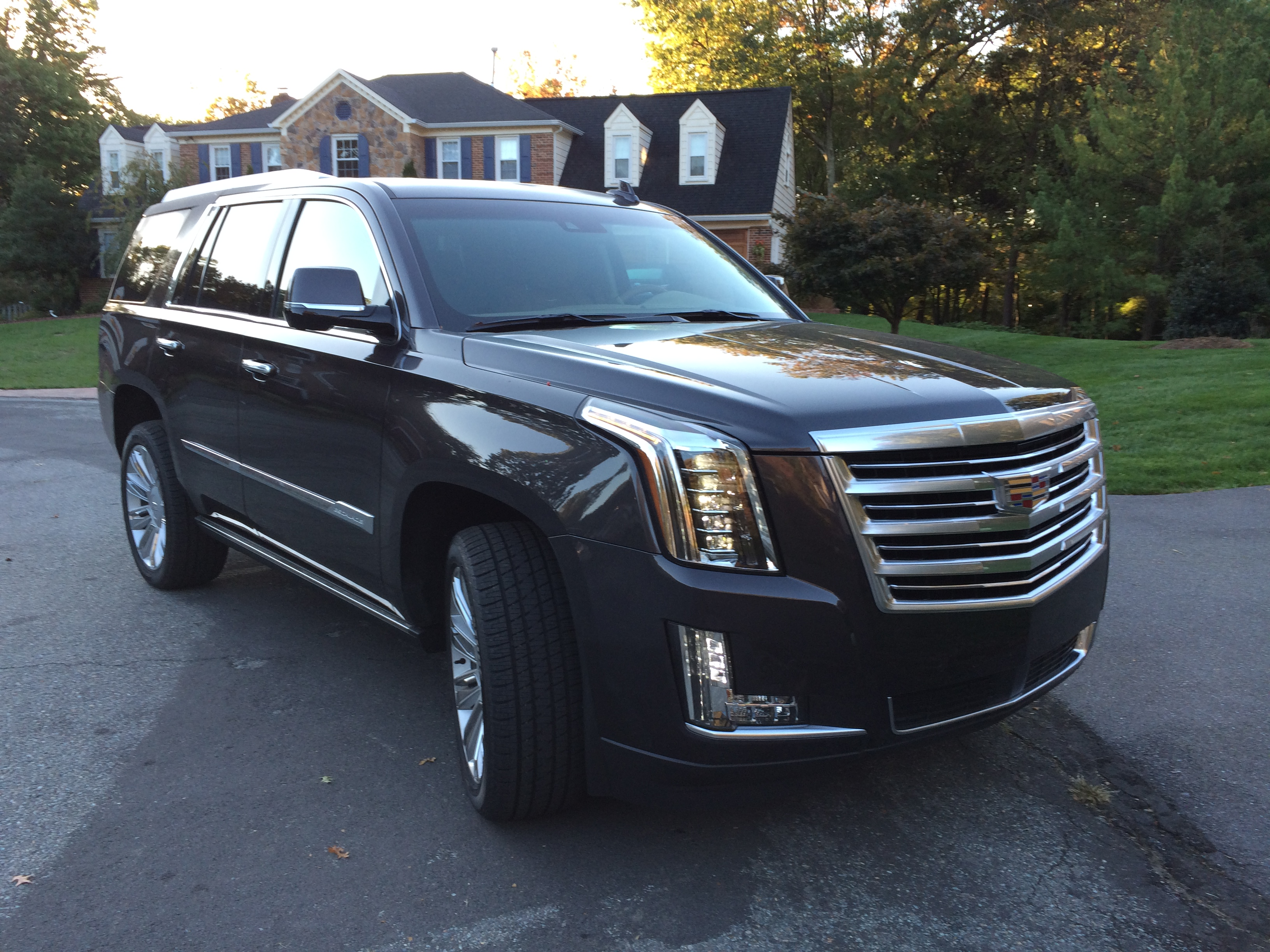 2016 cadillac escalade platinum big on luxury size and price wtop. Black Bedroom Furniture Sets. Home Design Ideas
