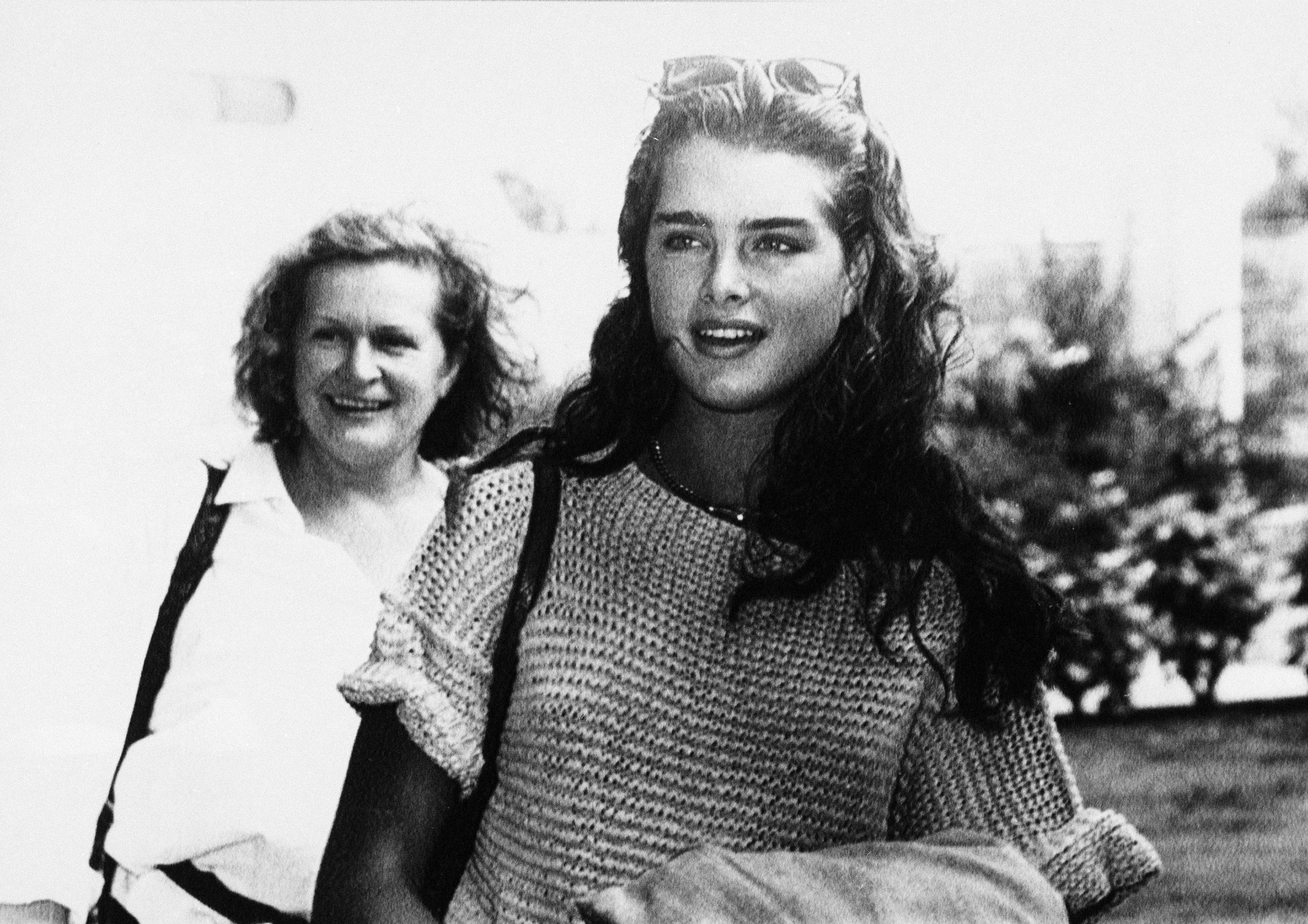 Brooke Shields sets record straight about mother, child stardom in new memoir