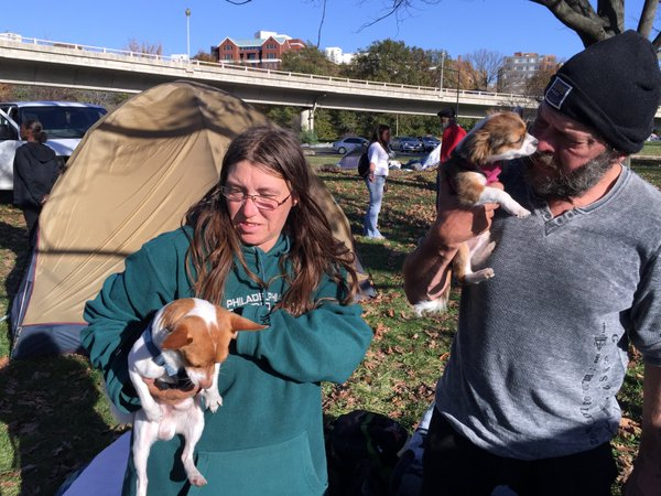 Helen and Bruce don't want to stay in a homeless shelter. They want to live in their current encampment. (WTOP/Kristi King)