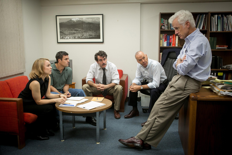 (Left to right) Rachel McAdams, Mark Ruffalo, Brian d'Arcy, Michael Keaton and John Slattery in 'Spotlight.' (Kerry Hayes / Distributor: Open Road Films)