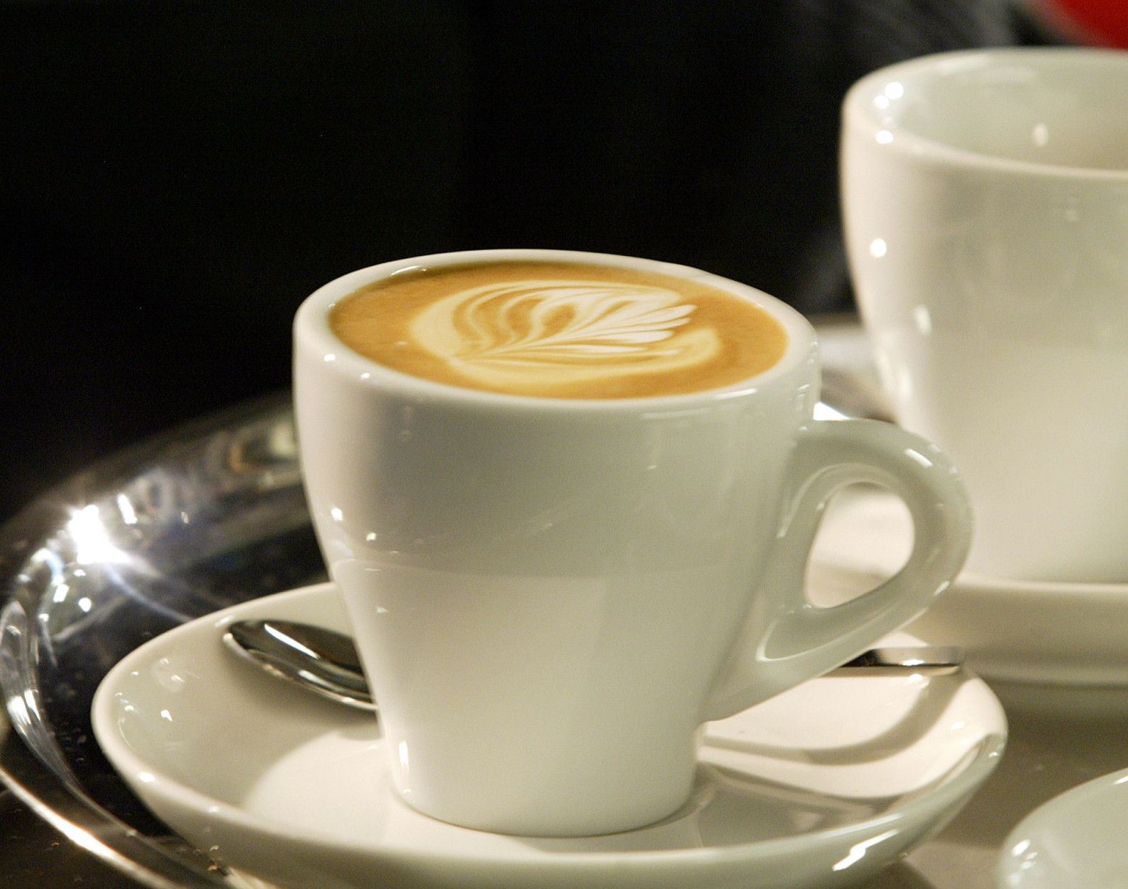 """<p><strong>A coffee crawl</strong></p> <p>D.C.&#8217;s in the midstof a coffee renaissance, so take your coffee-loving visitors to some of the city&#8217;s newest cafes. Stroll along 14th Street and try the java at<a href=""""http://slipstreamdc.com/"""" target=""""_blank"""" rel=""""noopener noreferrer"""">Slipstream</a>, <a href=""""http://peregrineespresso.com/?page_id=17"""" target=""""_blank"""" rel=""""noopener noreferrer"""">Peregrine</a>, <a href=""""https://dolcezzagelato.com/"""" target=""""_blank"""" rel=""""noopener"""">Dolcezza</a>, <a href=""""https://www.coladashop.com/"""" target=""""_blank"""" rel=""""noopener"""">Colada Shop</a>,and <a href=""""http://thewydown.com/"""" target=""""_blank"""" rel=""""noopener noreferrer"""">The Wydown</a>. Then, burn off some of that extra &#8220;energy&#8221; with a walk-up to Meridian Hill Park for a picnic.</p>"""
