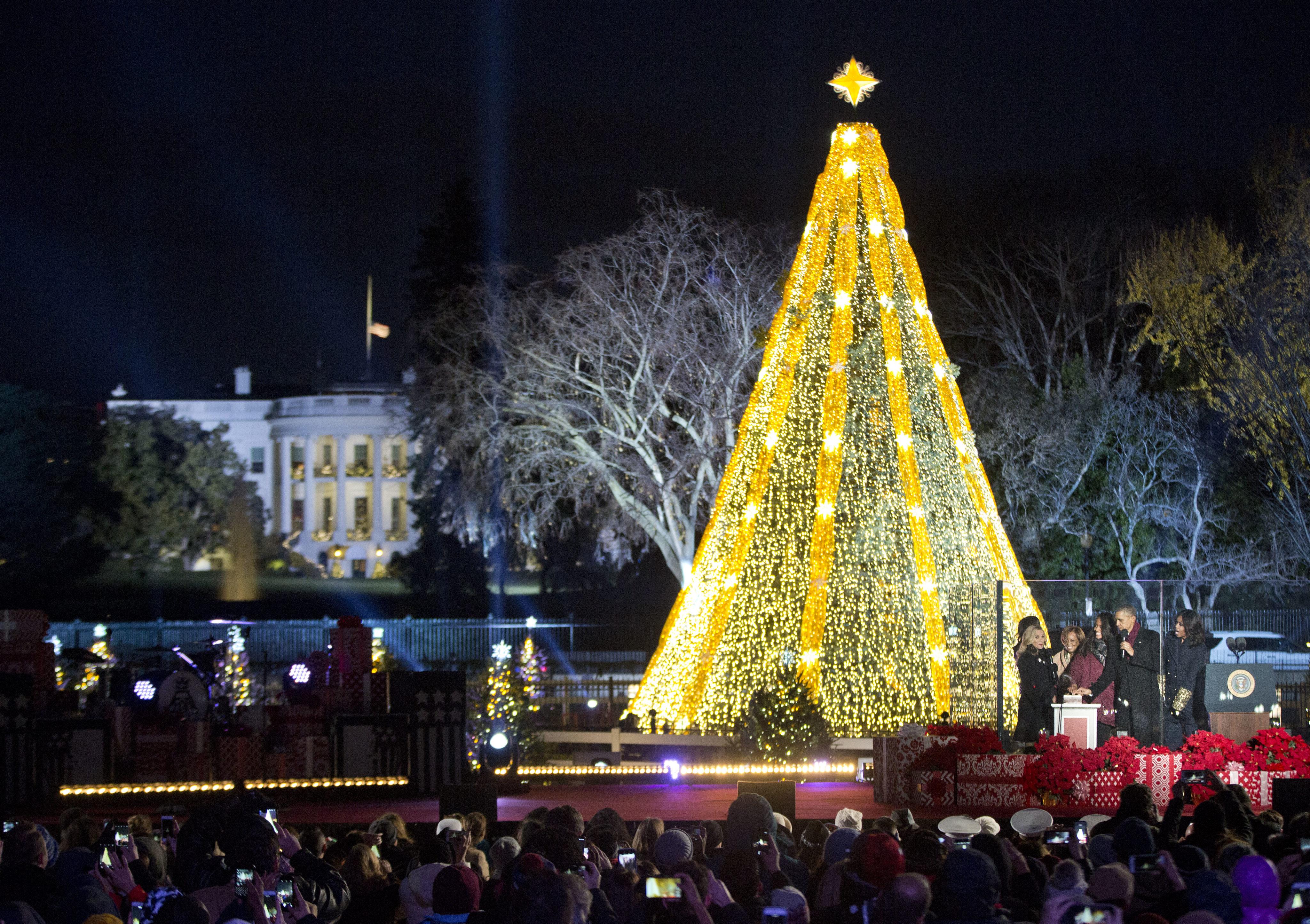 Photos: National Christmas Tree Lighting Ceremony | WTOP