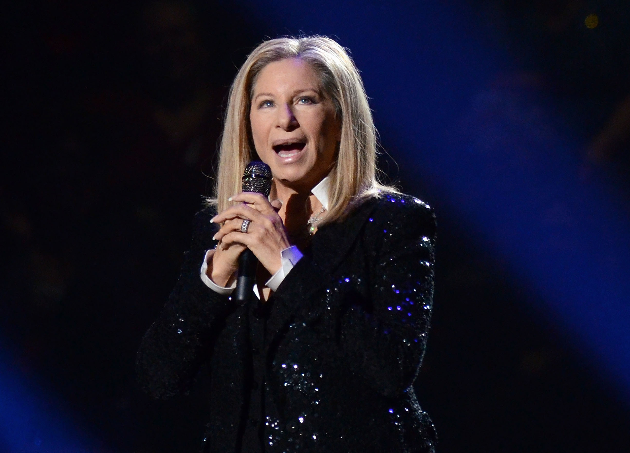 Barbra Streisand convinces Apple to change how Siri says her name