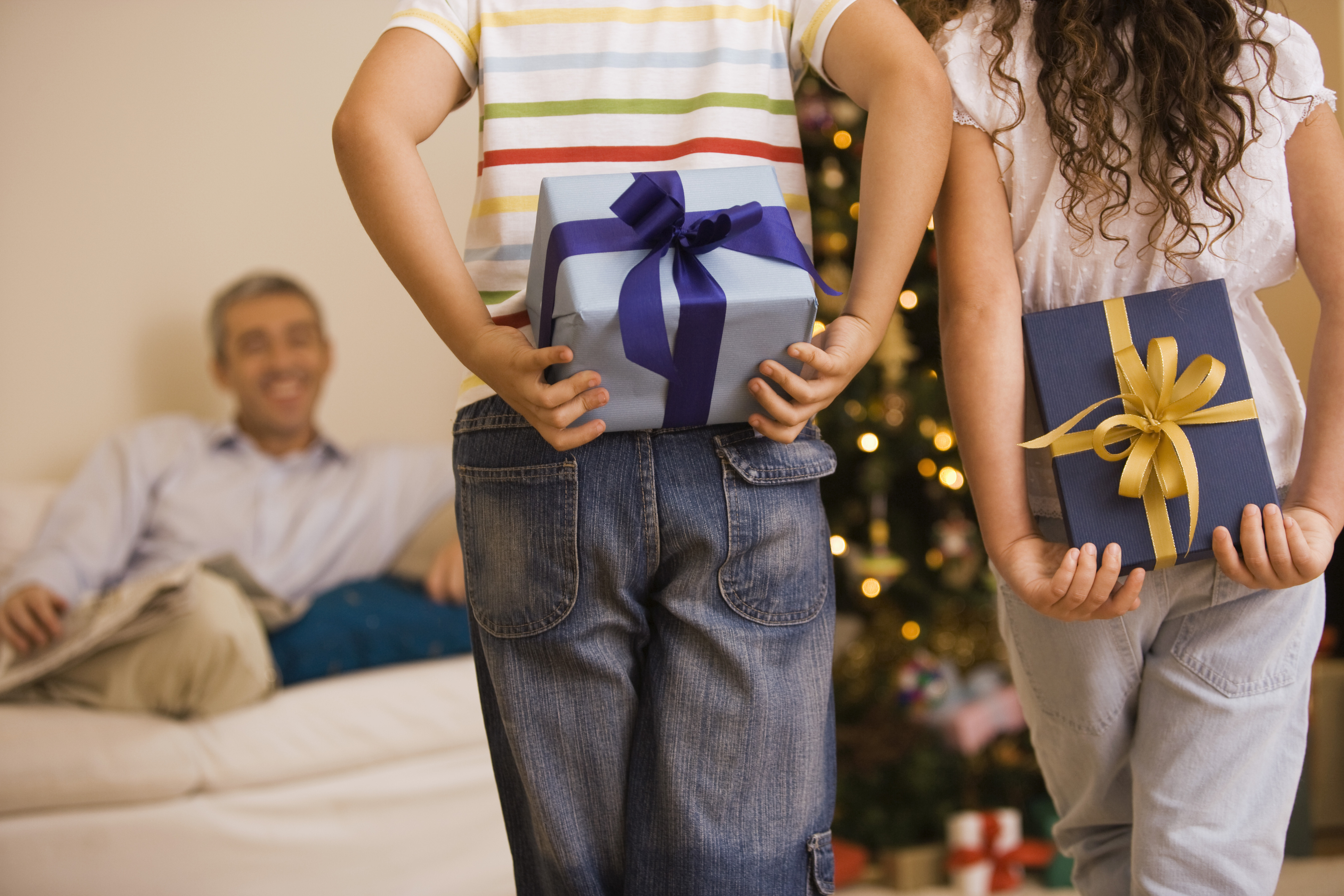 Etiquette for giving, receiving gifts this holiday