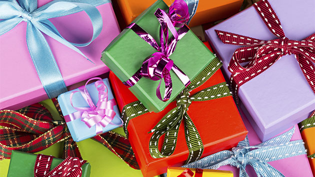 istockthinkstock - How Many Gifts For Christmas