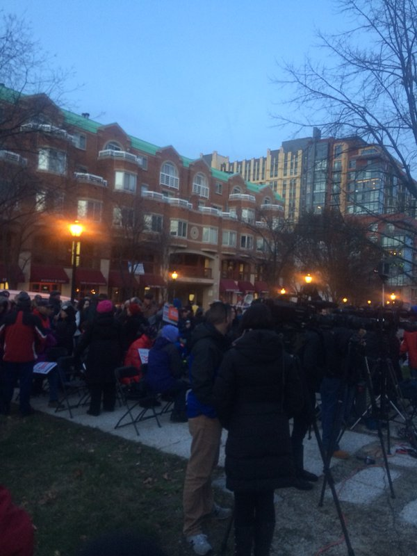 Advocates for stricter gun laws rally in Rockville