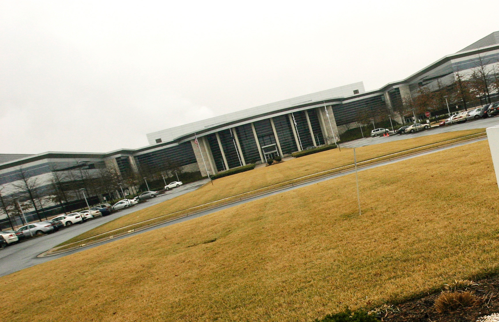 Verizon campus in Ashburn sold for more than $212.5 million