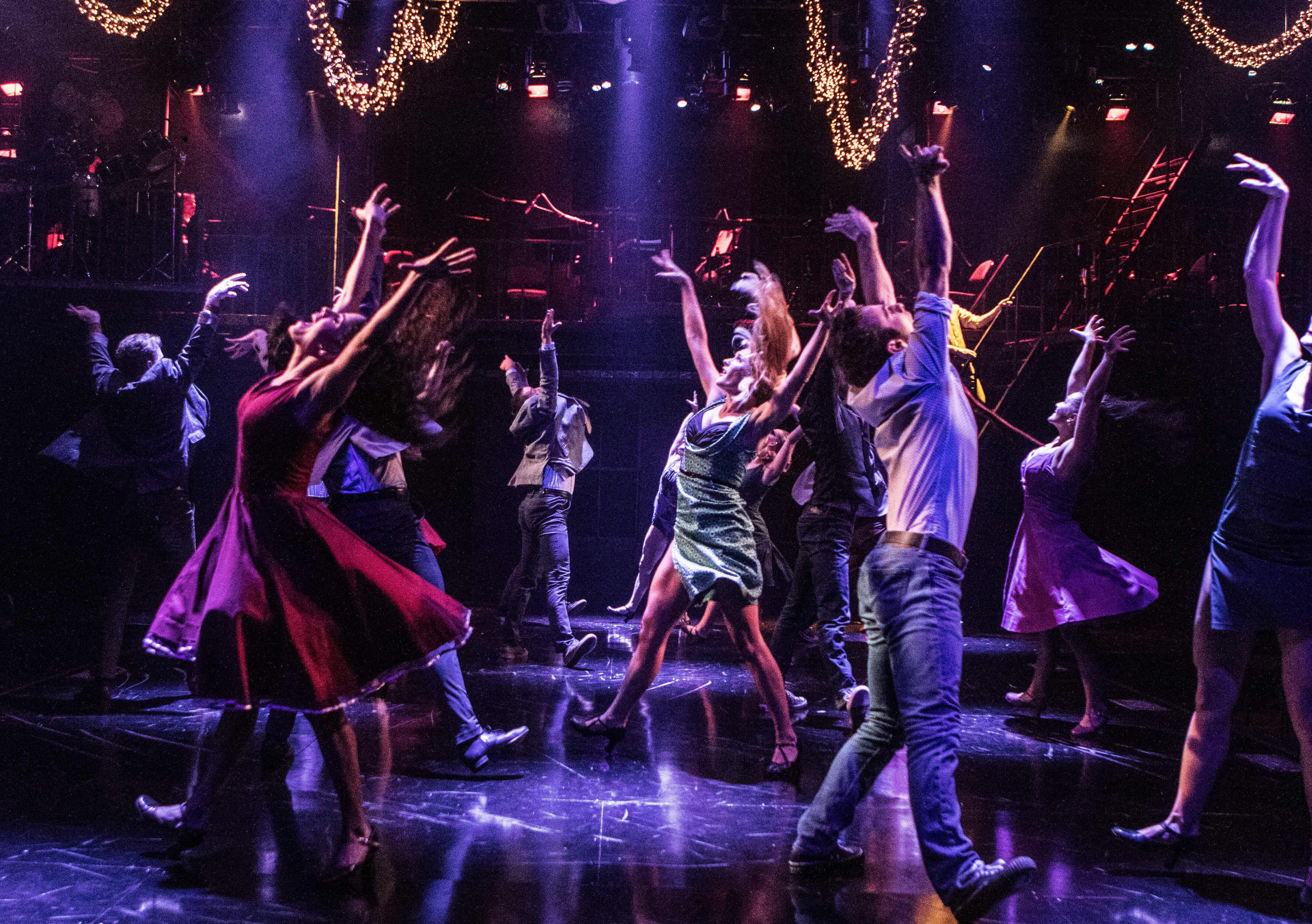 'West Side Story' snaps into Signature Theatre