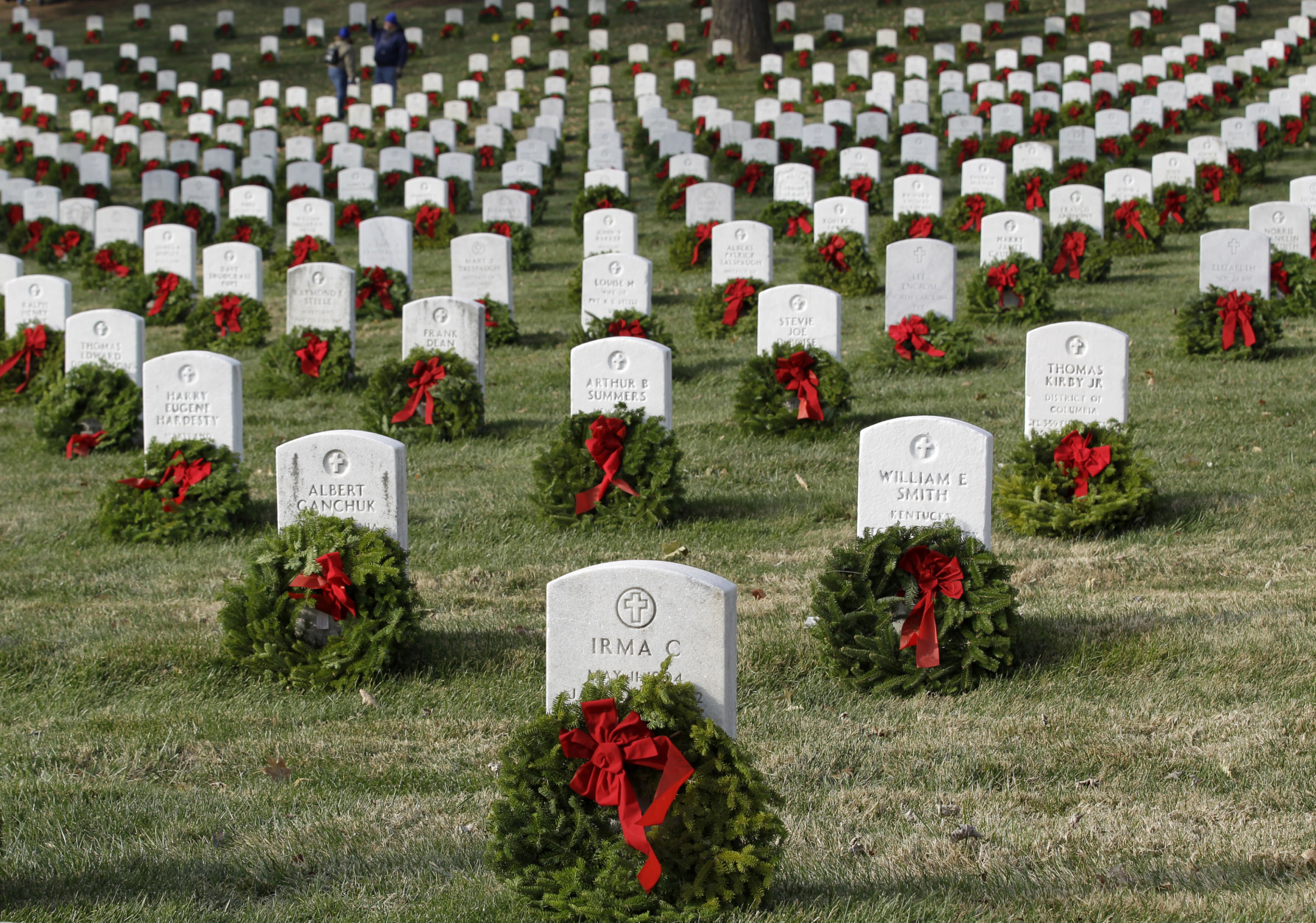 Convoy of wreaths departs for Arlington National Cemetery