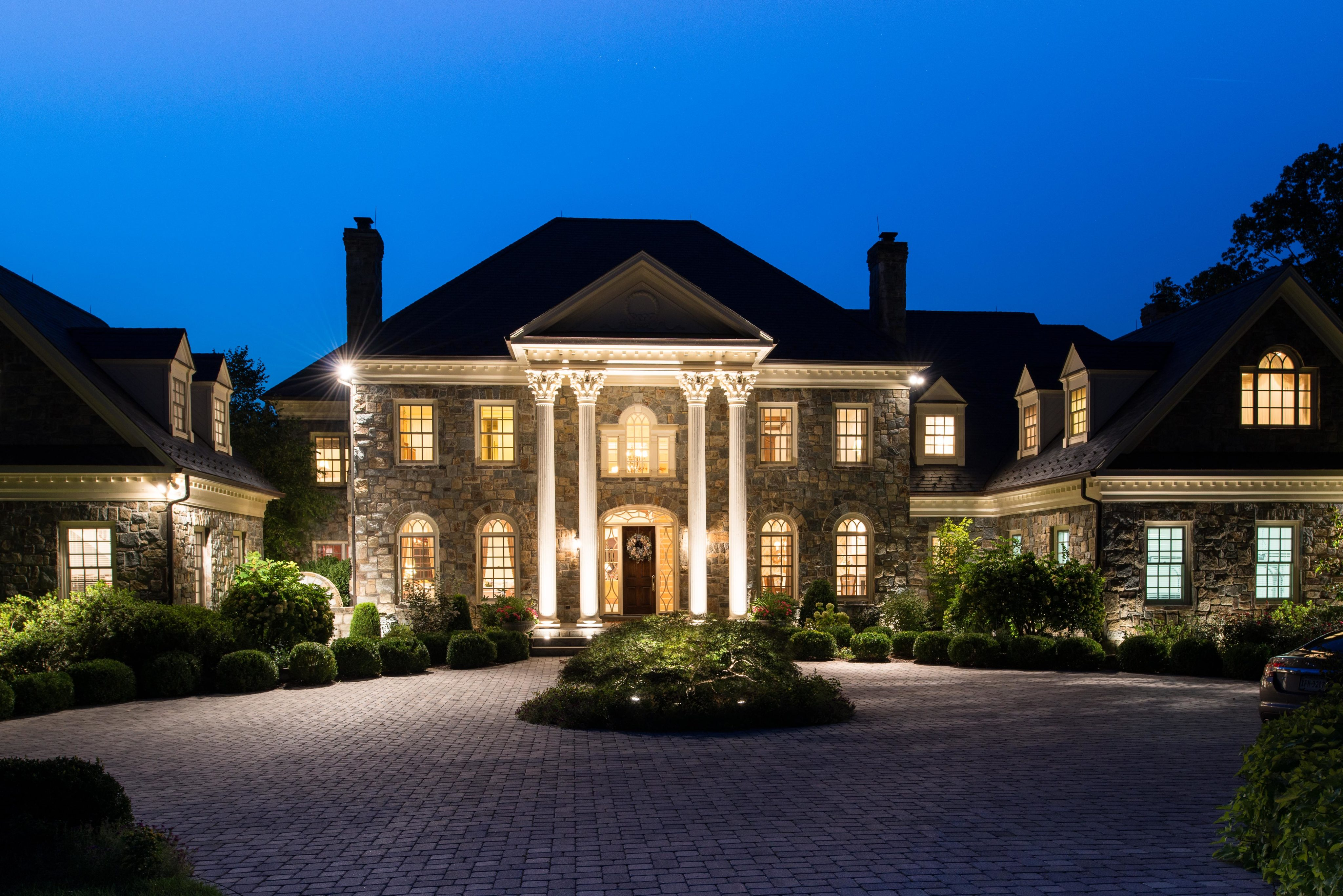 17 Most Beautiful (and Expensive!) Celebrity Homes ...