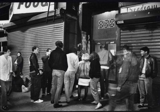 Fans enter the 9:30 Club at its original F Street location. (Library of Congress)