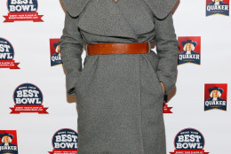 IMAGE DISTRIBUTED FOR QUAKER - Quaker teams up with actress, foodie and mom of two, Tiffani Thiessen, to celebrate the launch of its first-ever Bring Your Best Bowl contest at a kickoff event in New York's Times Square, Wednesday, Jan. 13, 2016. Consumers across the country can enter an oatmeal flavor – using 2-5 ingredients – along with their inspiration for the chance to win $250,000 and see their creation brought to life as a Quaker oatmeal flavor. Contest ends 3/12/16.  Go to BringYourBestBowl.com for complete details. (Stuart Ramson/AP Images for Quaker)