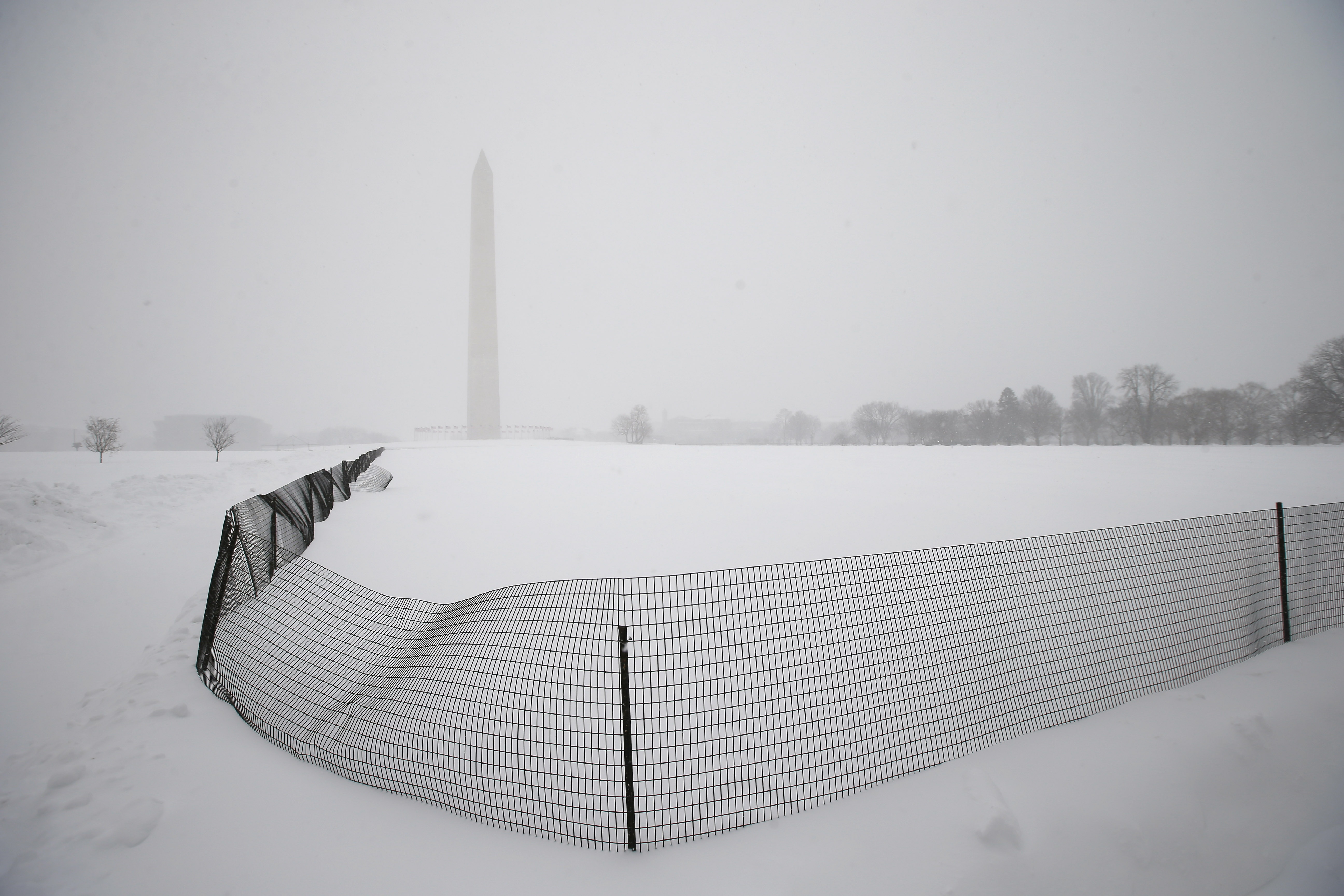 How much snow from D.C. blizzard could fit in Washington Monument?