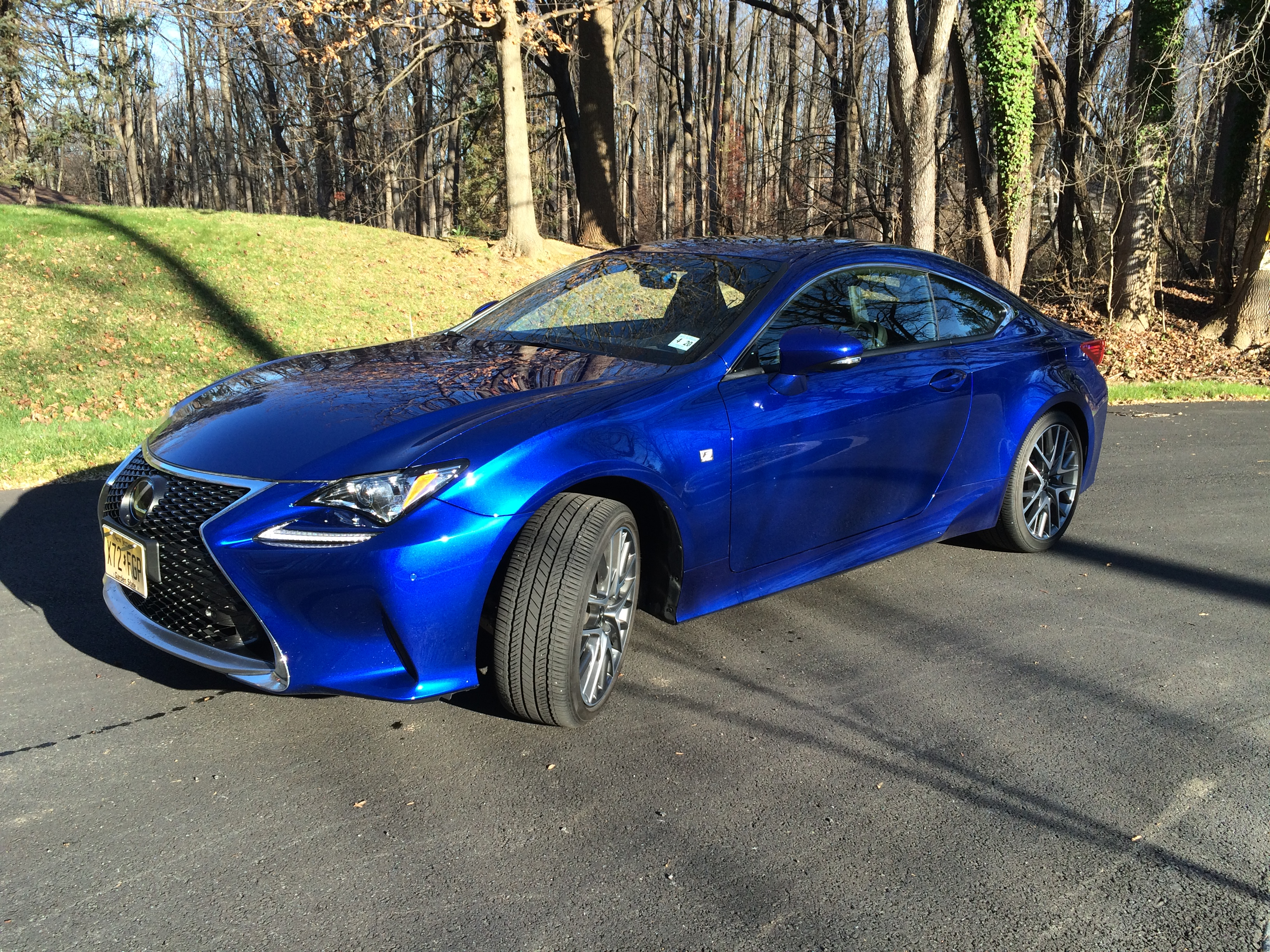 Lexus RC 350: A stylish coupe with AWD that can be used year-round