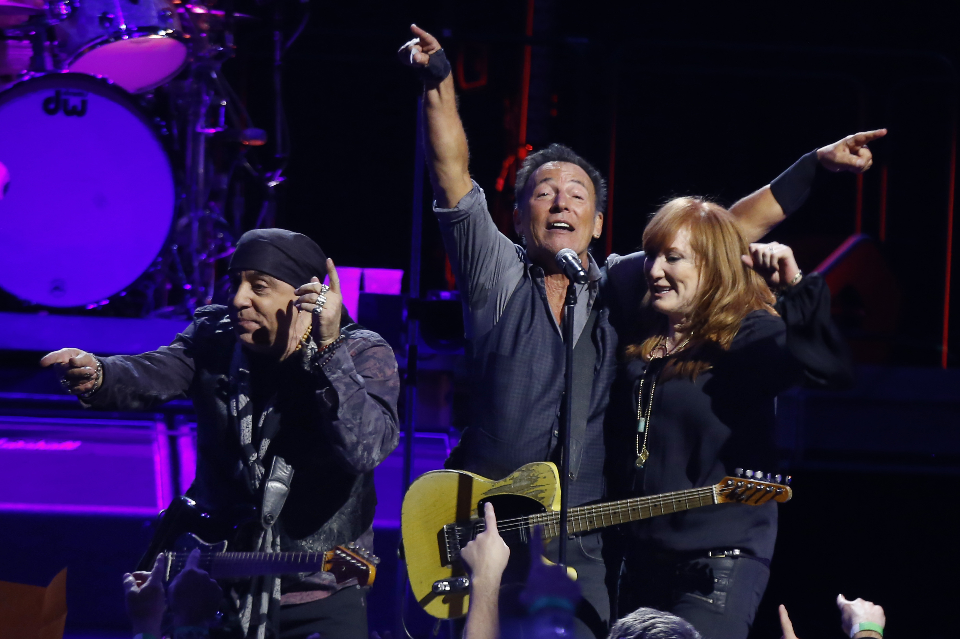 Springsteen reschedules NYC show, adds Baltimore date