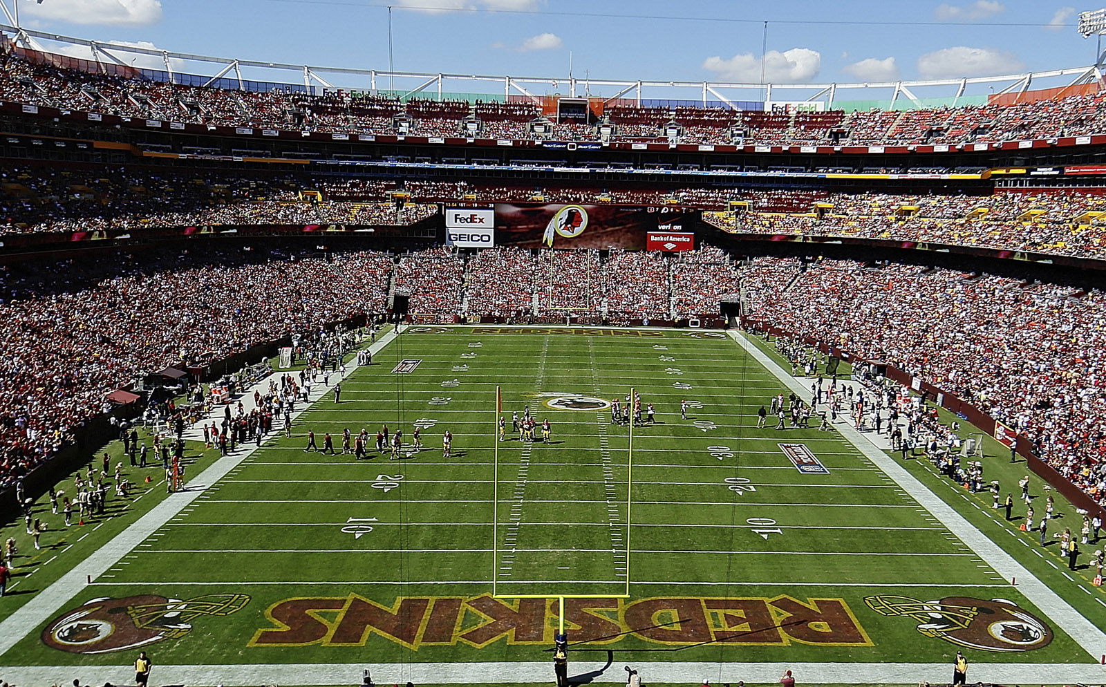 Will Va.'s next governor roll out the welcome mat for the Redskins?