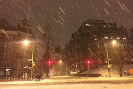 The scene at Foggy Bottom as snow coats the roads of Washington, D.C. on Friday, Jan. 22, 2016. (From Twitter user Kara Kozikowski)