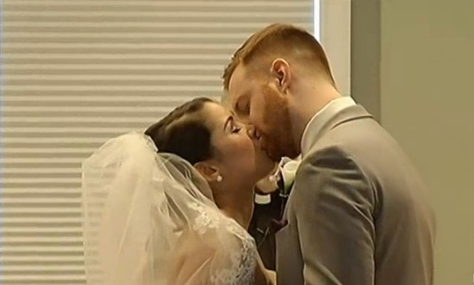 Virginia couples tie the knot amid blizzard (Video)