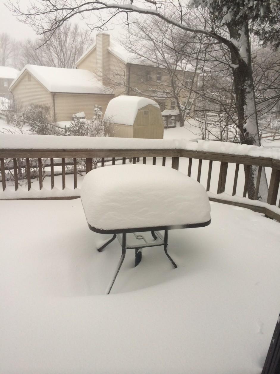 Snowfall accumulations in Centreville, Virginia. (Courtesy WTOP listener Erika Jackson)