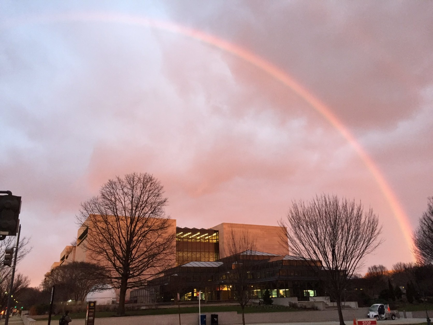 A Thursday-morning rainbow at the Air and Space Museum. (Kim Danek via Twitter)