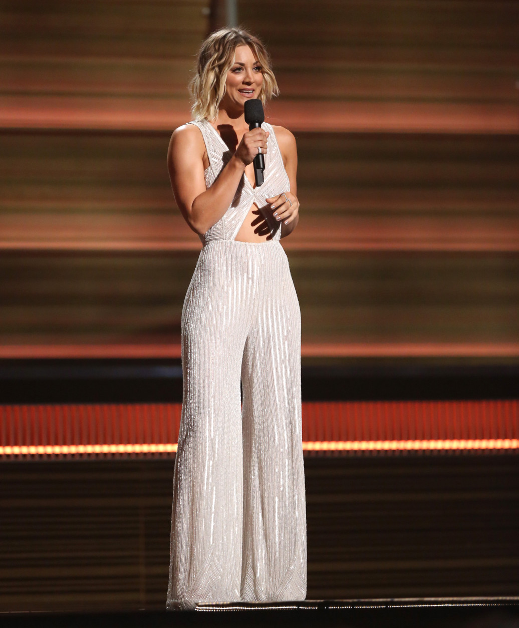 Kaley Cuoco introduces a performance by Justin Bieber at the 58th annual Grammy Awards on Monday, Feb. 15, 2016, in Los Angeles. (Photo by Matt Sayles/Invision/AP)