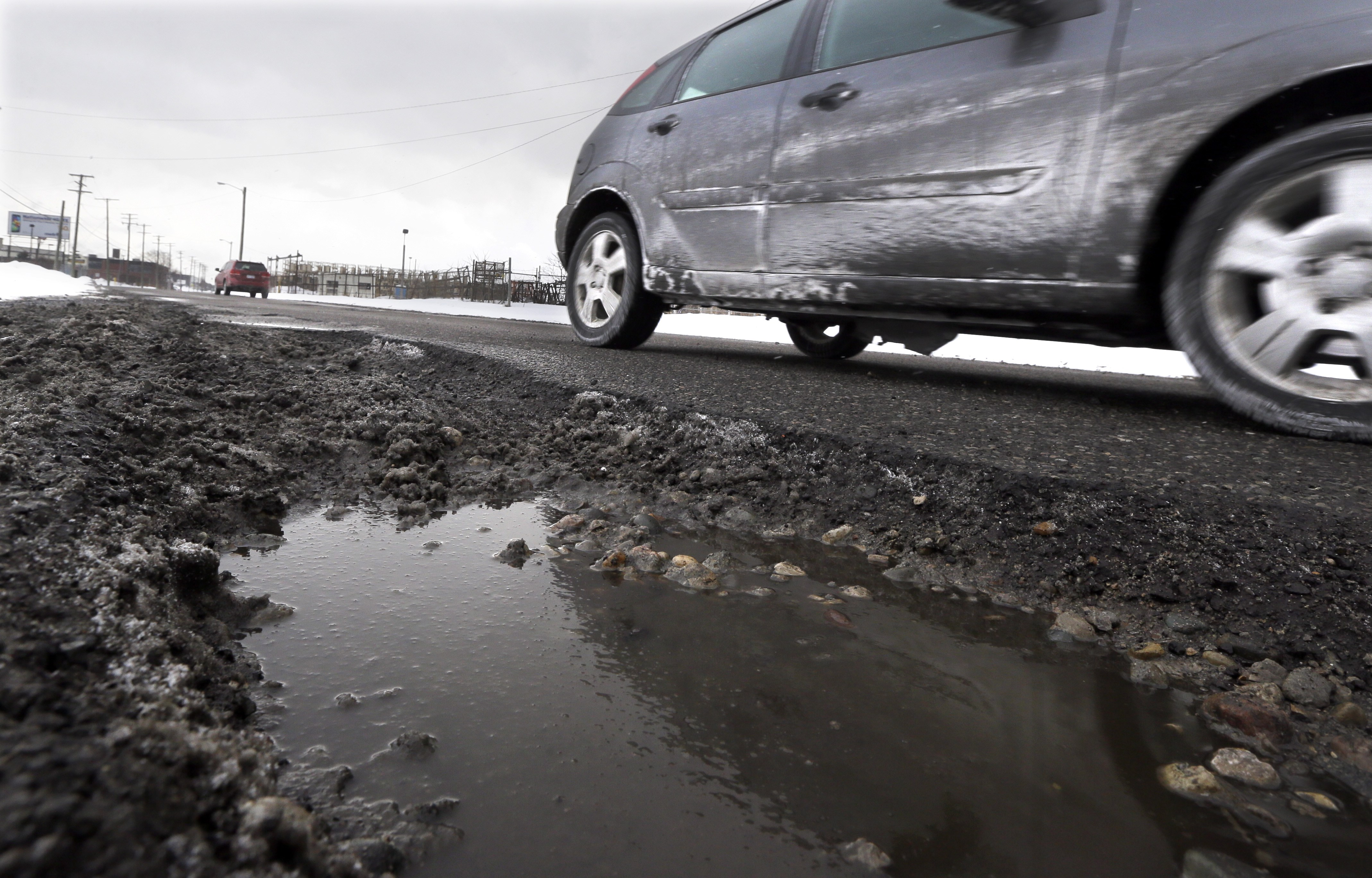 Major pothole problems plague drivers on BW Parkway